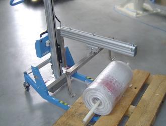Chariot de manutention porte bobine