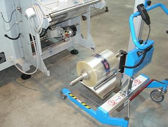 Chariot de manutention avec plateau Vé rotatif