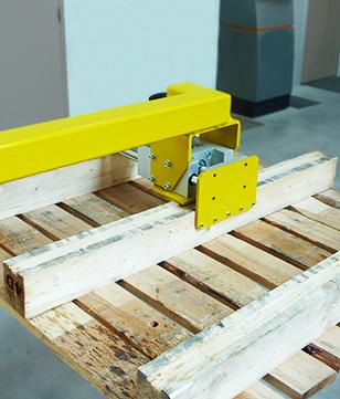 Pince pneumatique pour palette en bois
