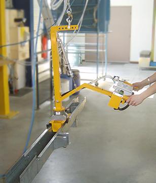 Préhension par serrages externes pour barres métalliques