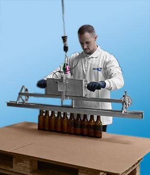 Préhenseur spécifique de serrage pour bouteilles en verre
